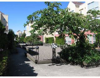 """Photo 3: 278 8333 JONES Road in Richmond: Brighouse South Townhouse for sale in """"CAMELIA GARDEN"""" : MLS®# V656015"""