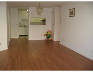 """Photo 4: 278 8333 JONES Road in Richmond: Brighouse South Townhouse for sale in """"CAMELIA GARDEN"""" : MLS®# V656015"""
