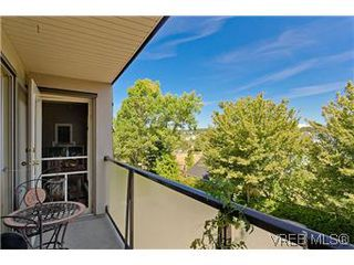 Photo 17: 307 2527 Quadra Street in VICTORIA: Vi Hillside Condo Apartment for sale (Victoria)  : MLS®# 298053