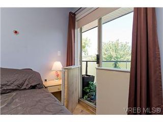 Photo 10: 307 2527 Quadra Street in VICTORIA: Vi Hillside Condo Apartment for sale (Victoria)  : MLS®# 298053