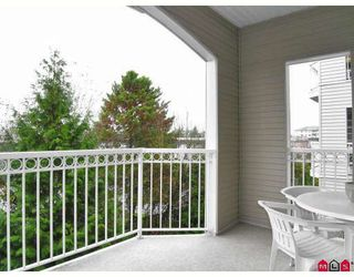 "Photo 10: 206 5677 208TH Street in Langley: Langley City Condo for sale in ""Ivy Lea"" : MLS®# F2728512"