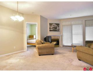 "Photo 6: 206 5677 208TH Street in Langley: Langley City Condo for sale in ""Ivy Lea"" : MLS®# F2728512"