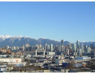 """Photo 2: 905 2201 PINE Street in Vancouver: Fairview VW Condo for sale in """"MERIDIAN COVE"""" (Vancouver West)  : MLS®# V685049"""