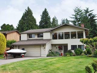 Photo 1: 12658 25A Avenue Avenue in Surrey: Crescent Bch Ocean Pk. House for sale (South Surrey White Rock)  : MLS®# F2823659