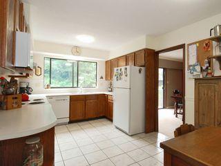 Photo 4: 12658 25A Avenue Avenue in Surrey: Crescent Bch Ocean Pk. House for sale (South Surrey White Rock)  : MLS®# F2823659