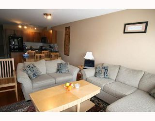 """Photo 7: 210 2780 ACADIA Road in Vancouver: University VW Townhouse for sale in """"LIBERTA"""" (Vancouver West)  : MLS®# V704223"""