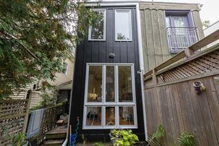 Photo 20: 11 Sword Street in Toronto: Cabbagetown-South St. James Town House (2-Storey) for sale (Toronto C08)  : MLS®# C4602419