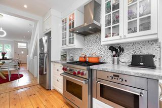 Photo 8: 11 Sword Street in Toronto: Cabbagetown-South St. James Town House (2-Storey) for sale (Toronto C08)  : MLS®# C4602419