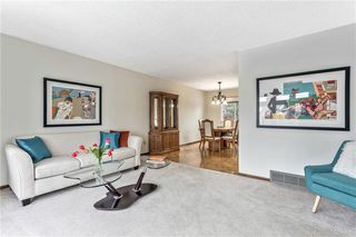 Photo 6: 7104 SILVERVIEW Road NW in Calgary: Silver Springs Detached for sale : MLS®# C4275510