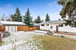 Photo 33: 7104 SILVERVIEW Road NW in Calgary: Silver Springs Detached for sale : MLS®# C4275510
