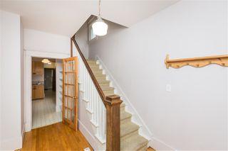 Photo 4: 10821 84 Avenue in Edmonton: Zone 15 House for sale : MLS®# E4182438