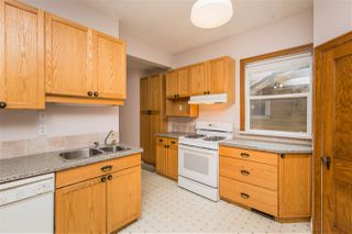 Photo 5: 10821 84 Avenue in Edmonton: Zone 15 House for sale : MLS®# E4182438