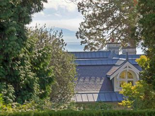 Photo 20: 13785 MARINE Drive: White Rock House for sale (South Surrey White Rock)  : MLS®# R2425352