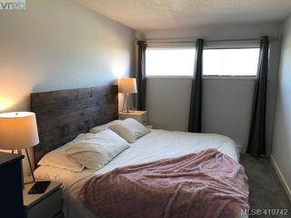 Photo 3: 25 477 Lampson Street in VICTORIA: Es Old Esquimalt Condo Apartment for sale (Esquimalt)  : MLS®# 419742