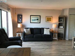 Photo 2: 25 477 Lampson Street in VICTORIA: Es Old Esquimalt Condo Apartment for sale (Esquimalt)  : MLS®# 419742