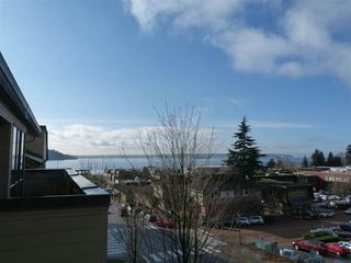 Photo 17: 406 1363 CLYDE AVENUE in West Vancouver: Home for sale : MLS®# R2035971