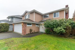 Main Photo: 3860 SCOTSDALE Place in Richmond: Steveston North House for sale : MLS®# R2433716