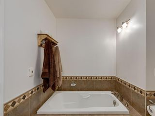 Photo 22: 6 SUNHAVEN Place SE in Calgary: Sundance Detached for sale : MLS®# C4301317