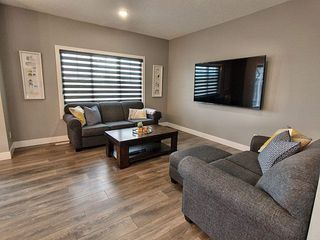 Photo 4: 1072 Allendale Crescent: Sherwood Park House for sale : MLS®# E4212339