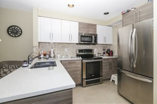 """Photo 13: 7436 MAGNOLIA Terrace in Burnaby: Highgate Townhouse for sale in """"CAMARILLO"""" (Burnaby South)  : MLS®# R2493267"""