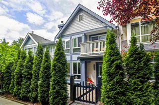 """Photo 2: 7436 MAGNOLIA Terrace in Burnaby: Highgate Townhouse for sale in """"CAMARILLO"""" (Burnaby South)  : MLS®# R2493267"""