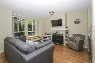 """Photo 5: 7436 MAGNOLIA Terrace in Burnaby: Highgate Townhouse for sale in """"CAMARILLO"""" (Burnaby South)  : MLS®# R2493267"""