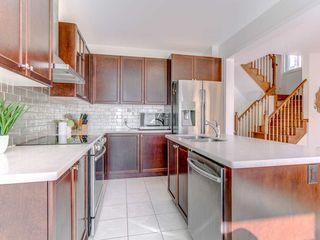Photo 7: 32 Cobb St in Aurora: Rural Aurora Freehold for sale : MLS®# N4853459