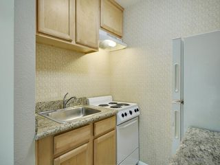 Photo 9: CLAIREMONT Condo for sale: 6333 Mount Ada Rd ##161 in San Diego