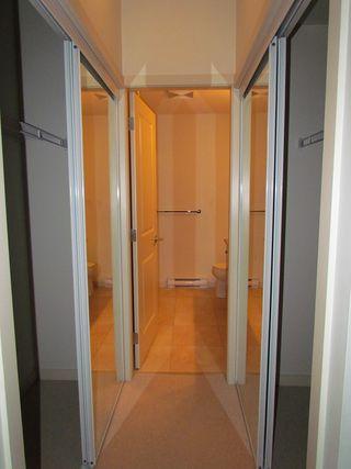 "Photo 12: #107 33318 BOURQUIN CR E in ABBOTSFORD: Central Abbotsford Condo for rent in ""NATURE'S GATE"" (Abbotsford)"