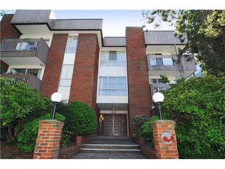 "Photo 1: # 203 1640 W 11TH AV in Vancouver: Fairview VW Condo for sale in ""HERITAGE HOUSE"" (Vancouver West)  : MLS®# V908583"
