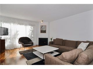 "Photo 2: # 203 1640 W 11TH AV in Vancouver: Fairview VW Condo for sale in ""HERITAGE HOUSE"" (Vancouver West)  : MLS®# V908583"