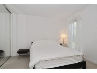"Photo 8: # 203 1640 W 11TH AV in Vancouver: Fairview VW Condo for sale in ""HERITAGE HOUSE"" (Vancouver West)  : MLS®# V908583"