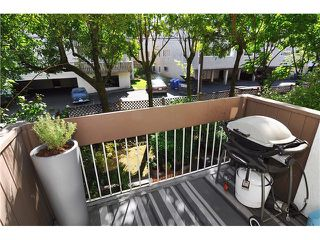 "Photo 10: # 203 1640 W 11TH AV in Vancouver: Fairview VW Condo for sale in ""HERITAGE HOUSE"" (Vancouver West)  : MLS®# V908583"