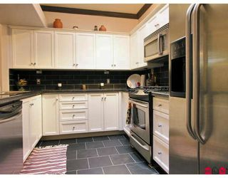 "Photo 2: 19 2058 WINFIELD Drive in Abbotsford: Abbotsford East Townhouse for sale in ""Rosehill"" : MLS®# F2728131"