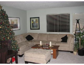 """Photo 1: 211 8880 COOK Road in Richmond: Brighouse Condo for sale in """"ASCOT WYNDE"""" : MLS®# V680449"""