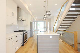 Photo 4: 10932 129 Street in Edmonton: Zone 07 House for sale : MLS®# E4172743