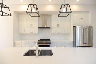 Photo 3: 10932 129 Street in Edmonton: Zone 07 House for sale : MLS®# E4172743