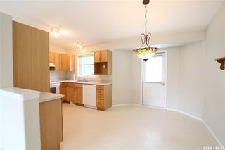Photo 2: 618 Peterson Crescent in Saskatoon: Westview Heights Residential for sale : MLS®# SK814915