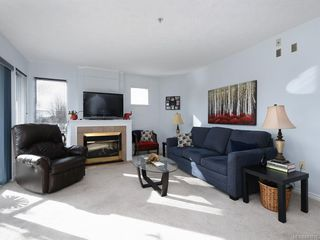 Photo 2: 203 6585 Country Rd in Sooke: Sk Sooke Vill Core Condo Apartment for sale : MLS®# 841018