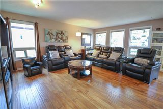 Photo 4: 6 Tanya Crescent in Winnipeg: Oakwood Estates Residential for sale (3H)  : MLS®# 202022908