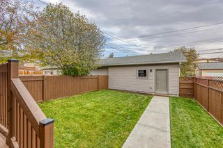 Photo 31: 836A 68 Avenue SW in Calgary: Kingsland Row/Townhouse for sale : MLS®# A1042636