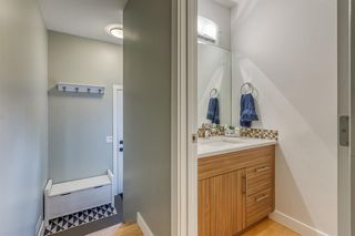 Photo 13: 836A 68 Avenue SW in Calgary: Kingsland Row/Townhouse for sale : MLS®# A1042636