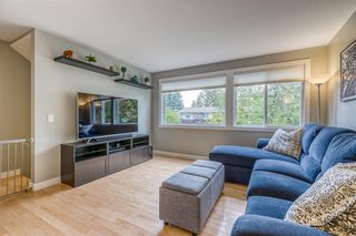 Photo 4: 836A 68 Avenue SW in Calgary: Kingsland Row/Townhouse for sale : MLS®# A1042636
