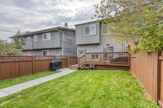 Photo 32: 836A 68 Avenue SW in Calgary: Kingsland Row/Townhouse for sale : MLS®# A1042636