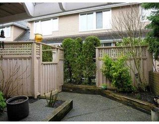 Photo 7: 220 E KEITH Road in North Vancouver: Central Lonsdale Townhouse for sale : MLS®# V634412