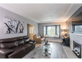 Photo 5: 11410 LOUGHREN Drive in Surrey: Bolivar Heights House for sale (North Surrey)  : MLS®# R2516980