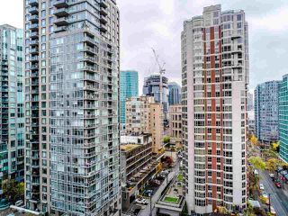 "Photo 23: 1810 909 MAINLAND Street in Vancouver: Yaletown Condo for sale in ""YALETOWN PARK II"" (Vancouver West)  : MLS®# R2518845"