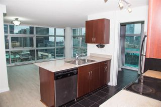 """Photo 5: 1728 938 SMITHE Street in Vancouver: Downtown VW Condo for sale in """"ELECTRIC AVENUE"""" (Vancouver West)  : MLS®# R2527719"""