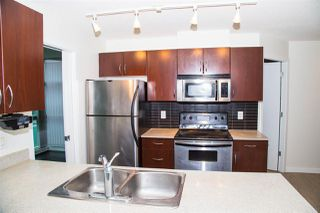 """Photo 3: 1728 938 SMITHE Street in Vancouver: Downtown VW Condo for sale in """"ELECTRIC AVENUE"""" (Vancouver West)  : MLS®# R2527719"""