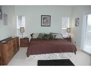 Photo 3: V3B 8E9: House for sale (Glenwood PQ)  : MLS®# V573143